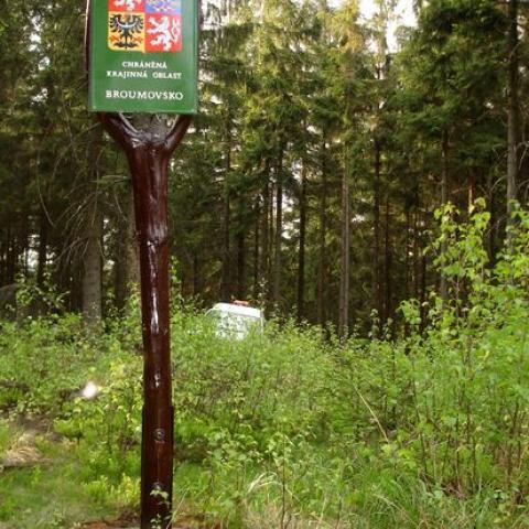 Dřevěný hraničník - Broumovsko