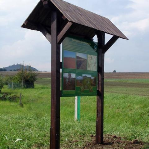 Dřevěná informační tabule
